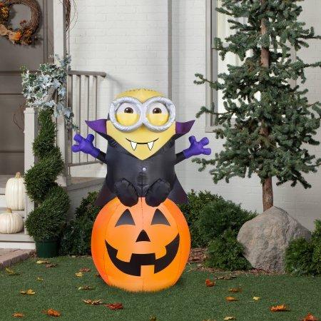 Airblown-Gone-Batty-Minion-Halloween-Decoration-0-0