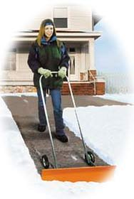 Dakota-SnoBlade-Snow-Blade-Removal-Shovel-w-Wheels-0
