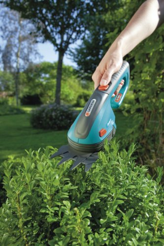 Gardena-8885-U-3-Inch-Cordless-Lithium-Ion-Grass-Shears-Classic-Cut-0-0