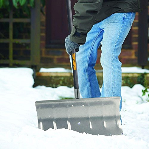 True-Temper-24-in-Aluminum-Snow-Pusher-with-Durable-aluminum-blade-with-reinforced-socket-0