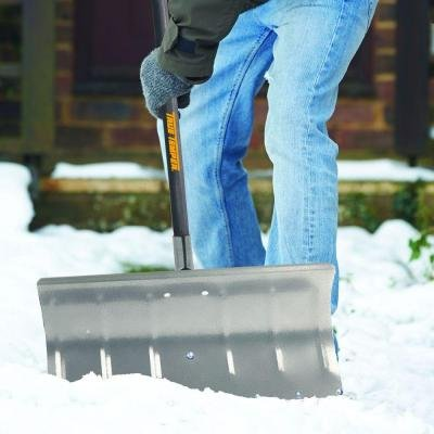 True-Temper-Aluminum-Snow-Pusher-24-in-0-0