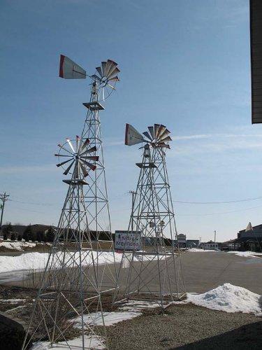 30-Ft-Made-in-the-USA-Premium-Aluminum-Decorative-Garden-Windmill-red-Trim-0-2